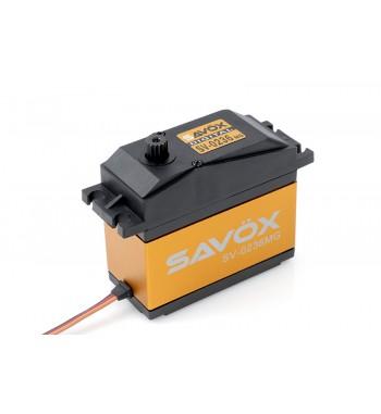 Maxi Servo Savox SV-0235MG Jumbo 200g (35kg / 0.15s)